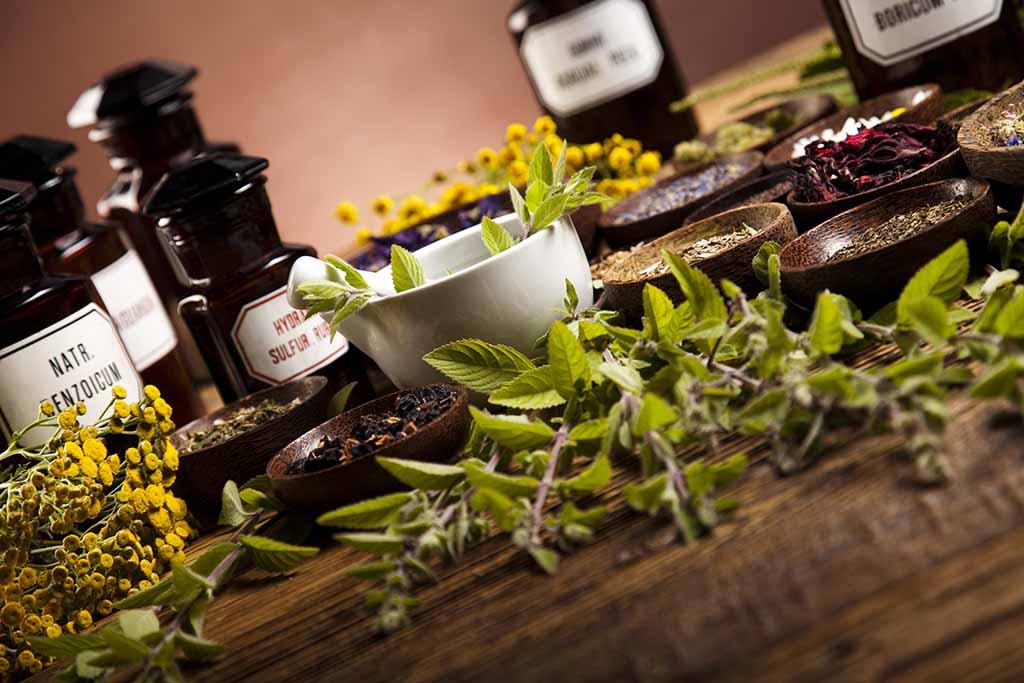 I vantaggi dei prodotti naturali per risolvere i problemi della pelle
